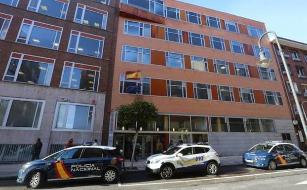 Abogados SG -  Un avilesino que se identificó ante la Policía como Menda Lerenda va mañana a juicio - Széchényi-García Abogados | Oviedo